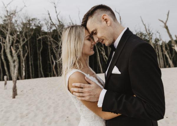 #łeba #bałtyk #sesjanadmorzem #plenerbałtyk #filmślubnyradomsko #filmmakerwedding #filmwedding